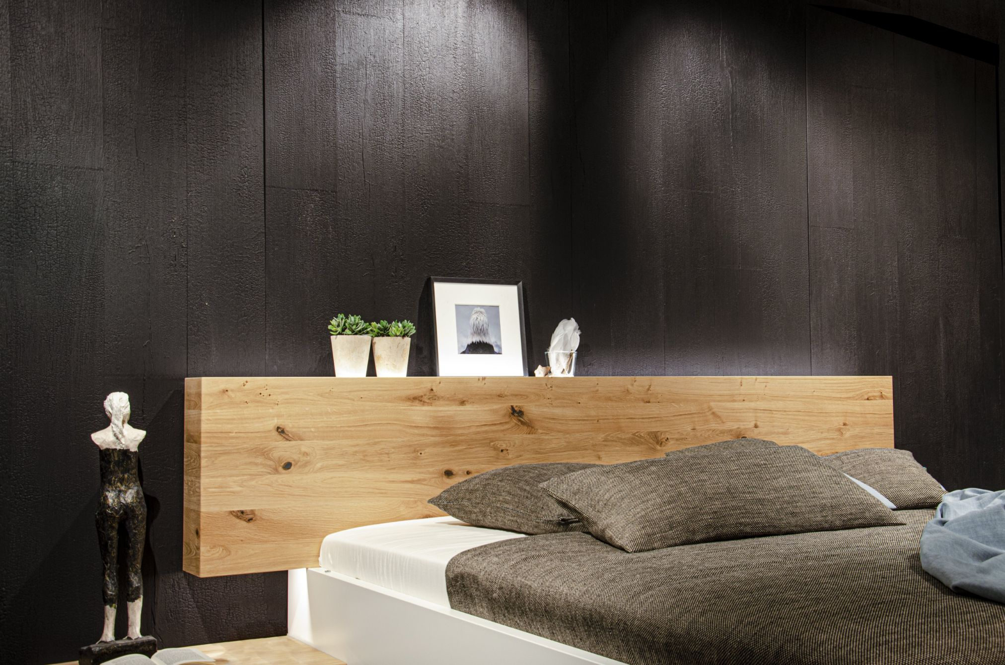 Burned Wood Alpi black wallcladding Holz in Form